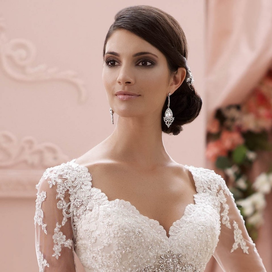 21 wedding dress accessories I Do Wedding Exhibitions