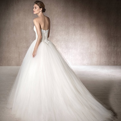 Holmes & Co Bridal Couture