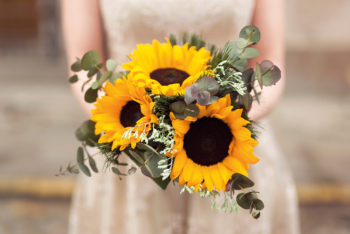Flower Power: Guide to Choosing your Wedding Flowers